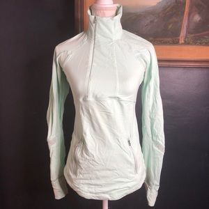 Lululemon Reflective Pull over zip up top 6 mint